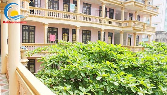 Ban công ở khách sạn Minh Vân Sầm Sơn