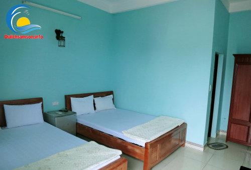 Giường đôi khách sạn Mai Hà Sầm Sơn