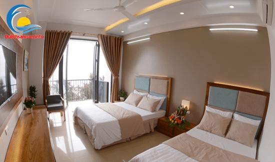 Giường đôi khách sạn Thanh Long Sầm Sơn