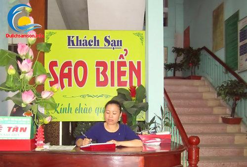 Lễ tân khách sạn Sao Biển Sầm Sơn