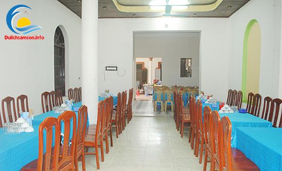 Phòng ăn khách sạn Khánh Hưng Sầm Sơn