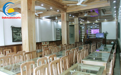 Phòng ăn khách sạn Vân Thành Sầm Sơn