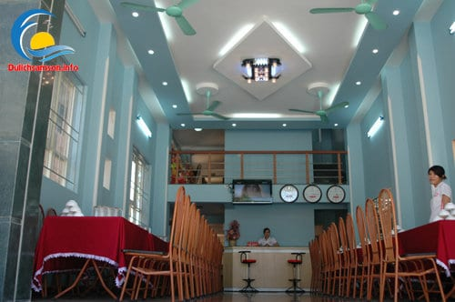 Phòng ăn tầng 1 Khách sạn Bình Nguyên Sầm Sơn