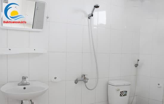 Phòng tắm khách sạn Bộ Ngoại Giao Sầm Sơn