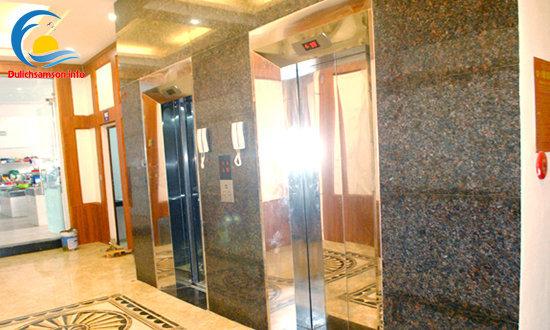 Thang máy Khách sạn Nhân Đức Sầm Sơn