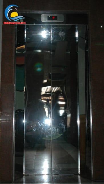 Thang máy tại Khách sạn Bình Nguyên Sầm Sơn
