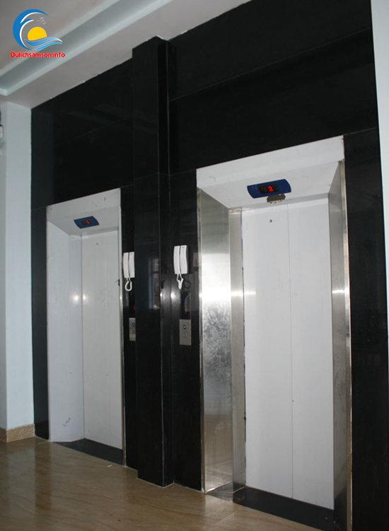 Thang máy tại khách sạn Minh Hạnh Sầm Sơn