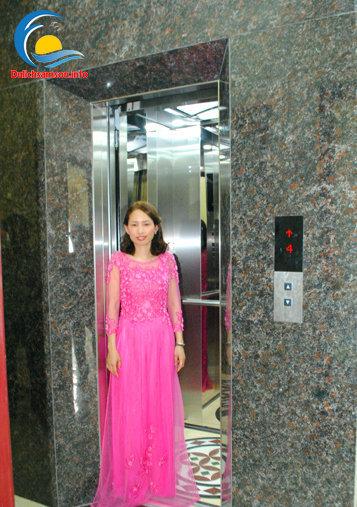 Thang máy tại Khách sạn Thùy Linh Sầm Sơn